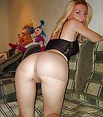 post blonde pantyhose
