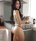 wants breakfast