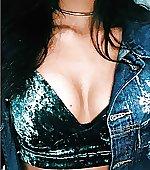 cleavage zoom