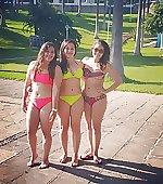 bikinis trio