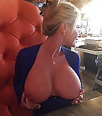 Blonde milf shows