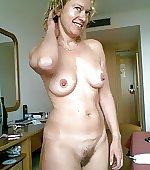 Naked blonde mom